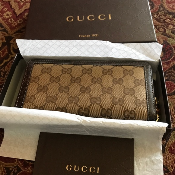 Authentic Gucci wallet 120 women\u2019s SMLG 97/ /TAS NWT